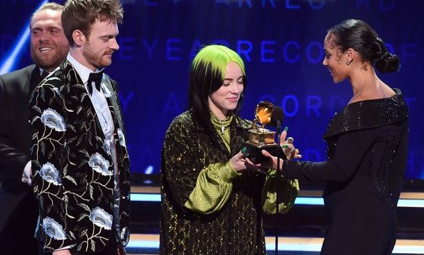 #Grammys: #BillieEilish SWEEPS the 'BIG 4' categories! [ Details]