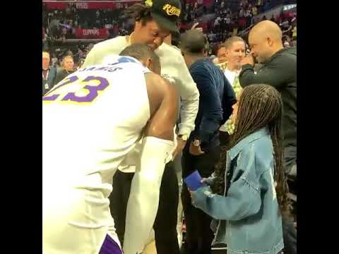STAR TRACKS: #BlueIvy meets #LebronJames! [Vid]