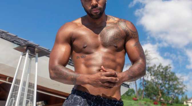 #ThirstTrap: #JasonDerulo reminds us that SUMMER is coming! [Pic]