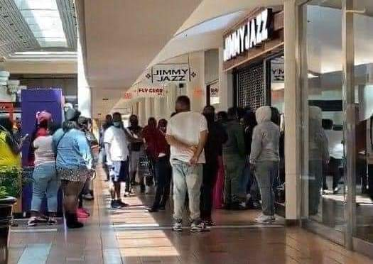 #Covid19 what? #Atlanta pack #Greenbriar mall to buy #Jordans IGNORING #Coronavirus! [Vid]
