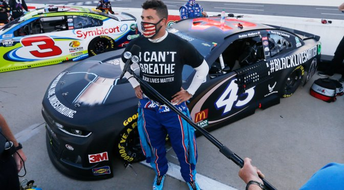 #NASCAR investigating 'heinous act' after noose is found in #BubbaWallace's stall ! [Details]