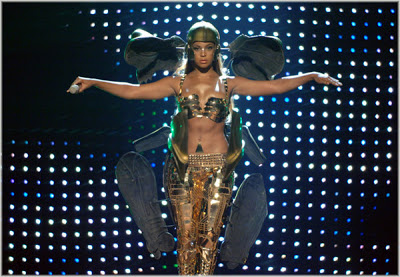 #BETAwards: Most MEMORABLE Moments: #Beyonce & #KellyRowland 'Get Me Bodied/Like This' [Vid]