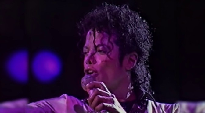 WAKE UP JAM: #MichaelJackson 'Human Nature' [LIVE]