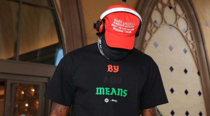 #LeBronJames wears modified #MAGA hat calling for justice for #BreonnaTaylor! [Pics]