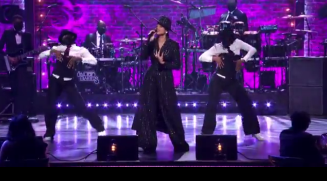 #SoulTrainAwards #EllaMai 'Not Another Love Song' smolders! [Vid]