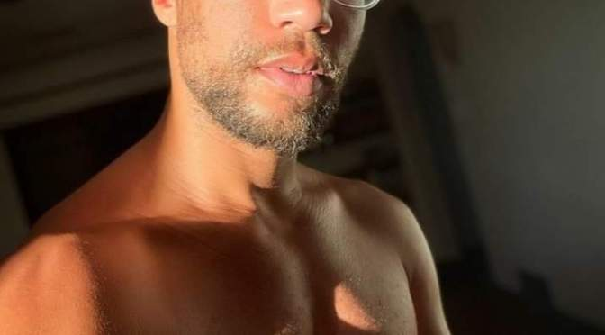 #ThirstTrap: #InsecureHBO's #KendrickSampson calls fans to ACTION! [pics]