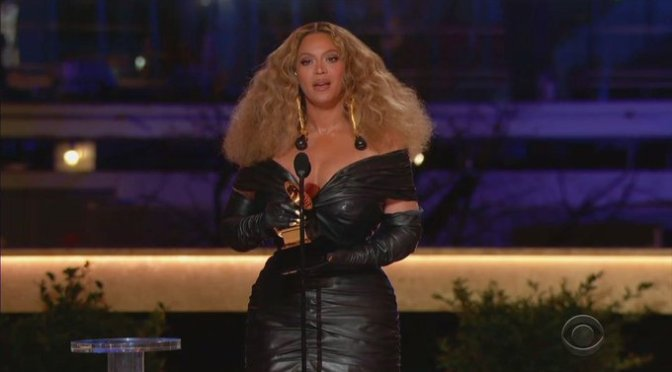 #Grammys: Beyoncé becomes most decorated woman In history after winning her 28th award! [vid]
