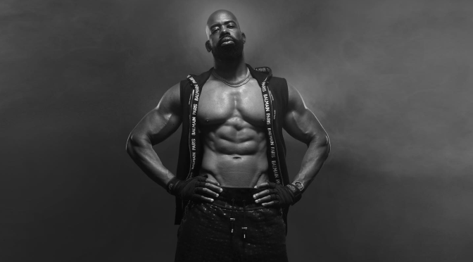 Famed director/photog #DerekBlanks' steps from behind the lens to show his FITNESS journey! [vid]