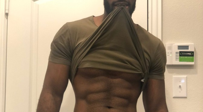 Model #MarshallPrice got some NAUGHTY leftover Easter candy for you! [NSFW vid]
