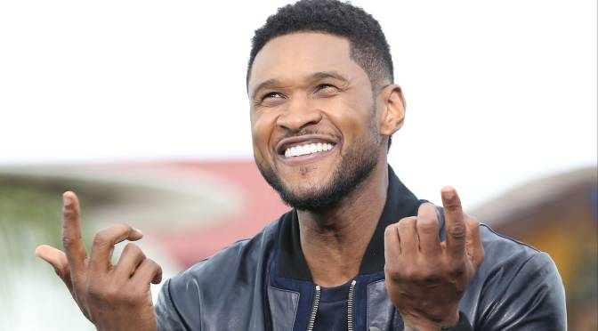 RUMOR HAS IT.. Strippers call #Usher out for 'making it rain' with FAKE bills with his FACE on them! [details]