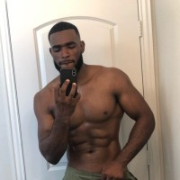 #AfterDark: Model #MarshallPrice posts a SEXY photo dump for the fans! [NSFW vids]
