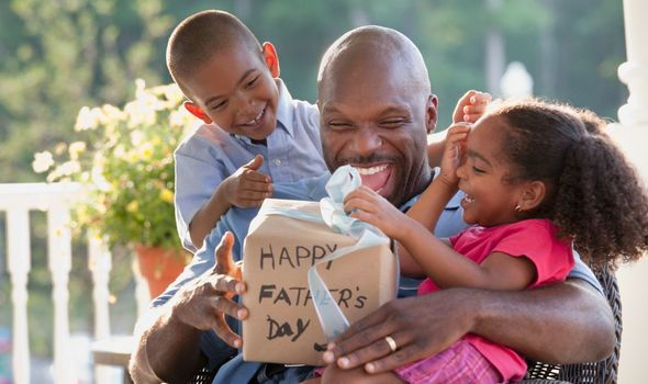 #HAPPYFATHERS DAY from #WillSmith #LutherVandross # #Beyonce #Sade & MORE! [vids]