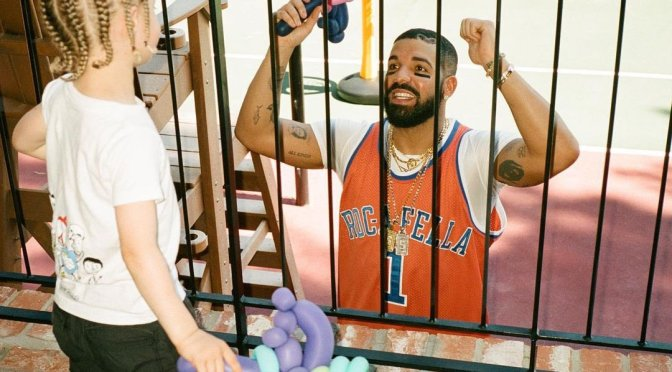 POOL PARTY! #Drake on Daddy Duty with son Adonis is AWESOME! [pics]